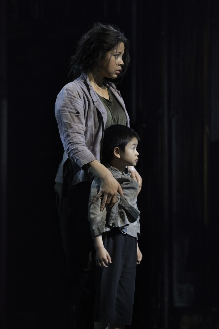 Miss Saigon - Eva Noblezada as Kim with William Tao as Tam - Photo cedit Michael Le Poer Trench